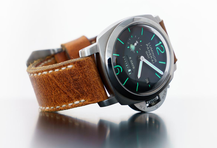 Panerai 233 on Heritage leather with natural stitching. © Martin Tyler